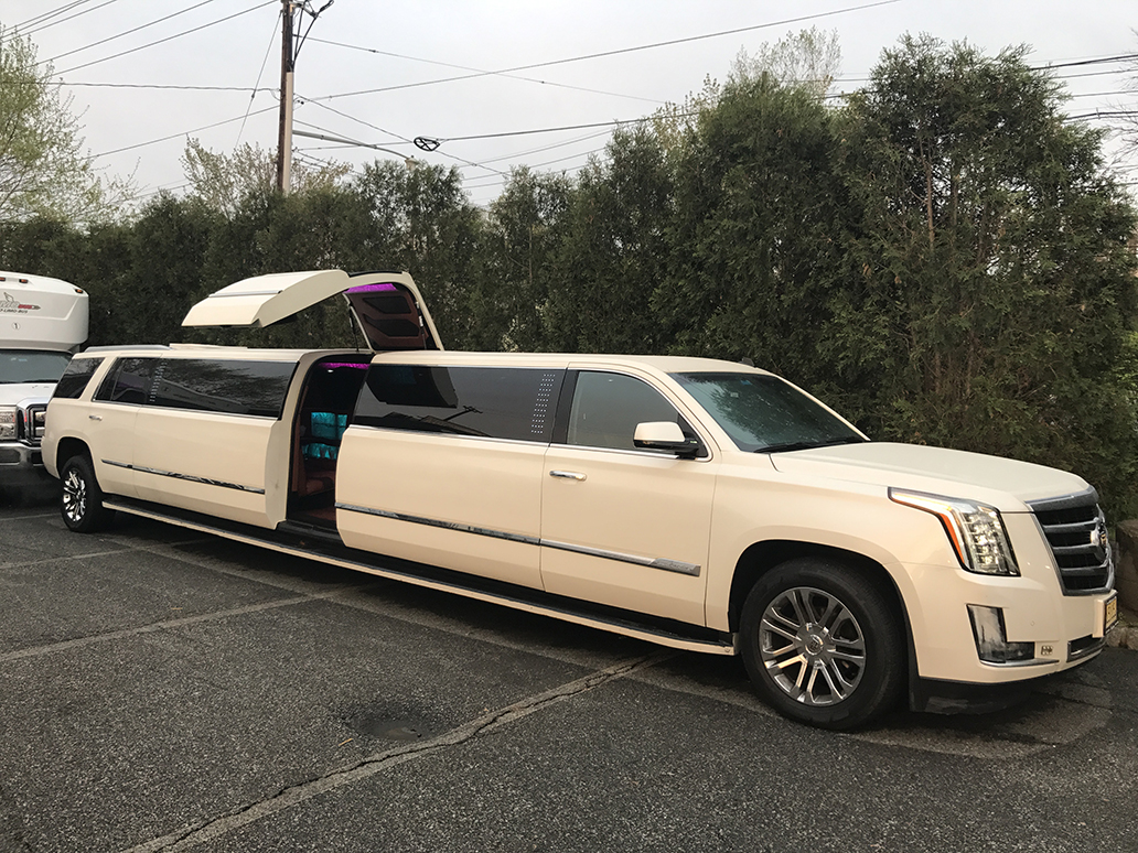 Suv Suv Limos For Hire Bergen County New Jersey Moonlight Limo