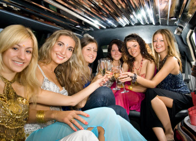 renting-a-limo-birthday-party