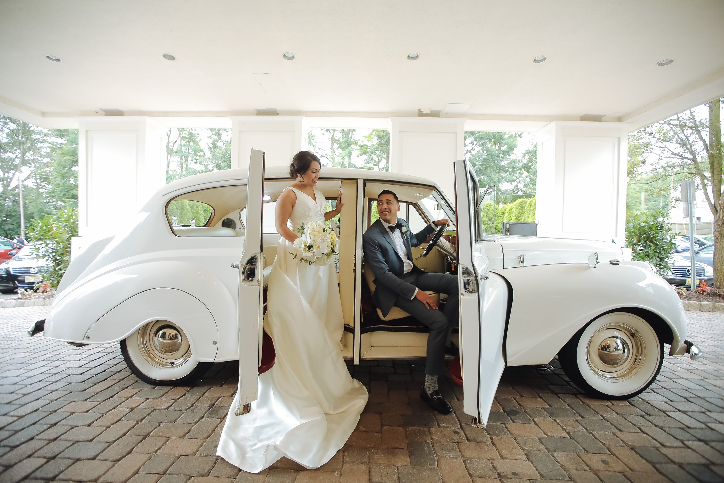 Moonlight Limo Wedding Limo Party Bus Luxury Service New Jersey
